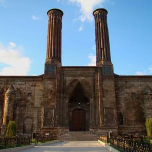 مسجدی در ارزروم ـ تور ترکیه