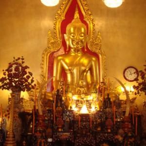 معبد زیبای ترایمیت در تور تایلند