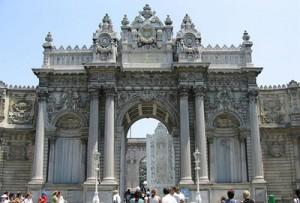 کاخ دولما باغچه از مکان های دیدنی ترکیه
