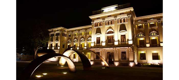 تور تایلند در یکی از موزه های تایلند