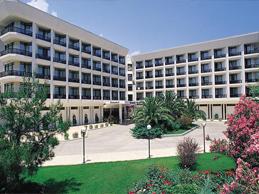 هتل ازکایماک مارینا کمر