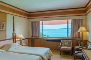 تور تایلند هتل The Bay View