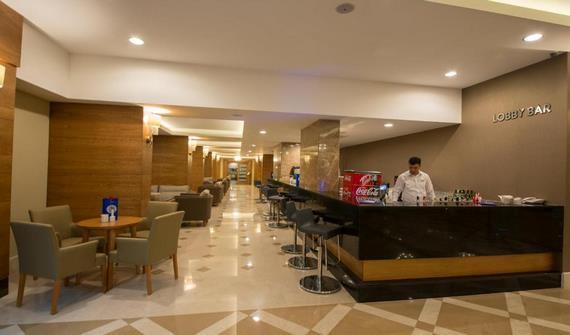 هتل لارا فمیلی کلاب