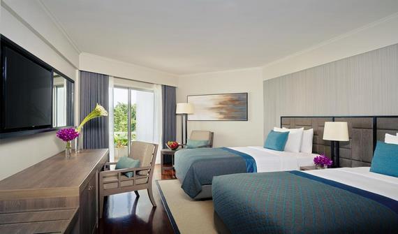 هتل آوانی ریزورت اند اسپا