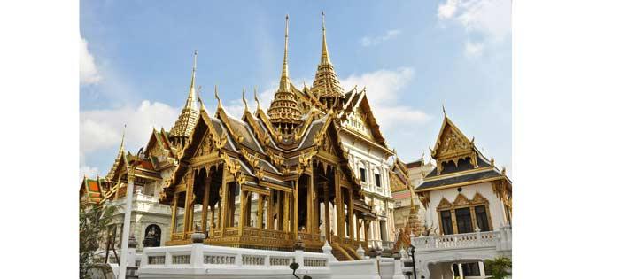 کاخ بزرگ در تور تایلند