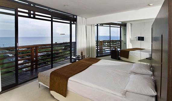 هتل کروانسرای لارا